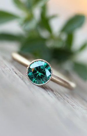emerald-green-ring