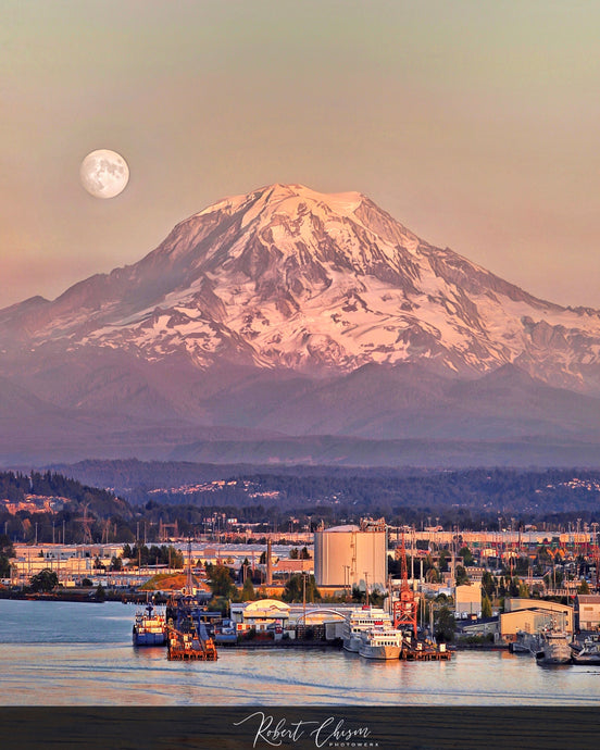 Moonrise over Mt. Rainier - Tacoma, WA.