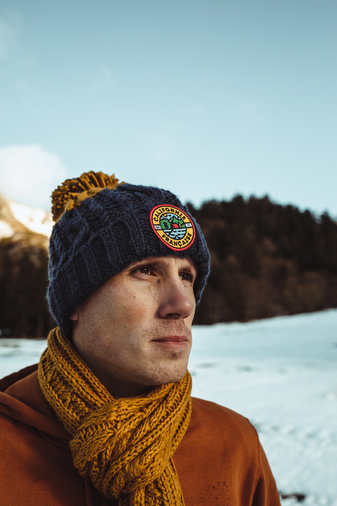 Mountain Beanie – Navy & Mustard