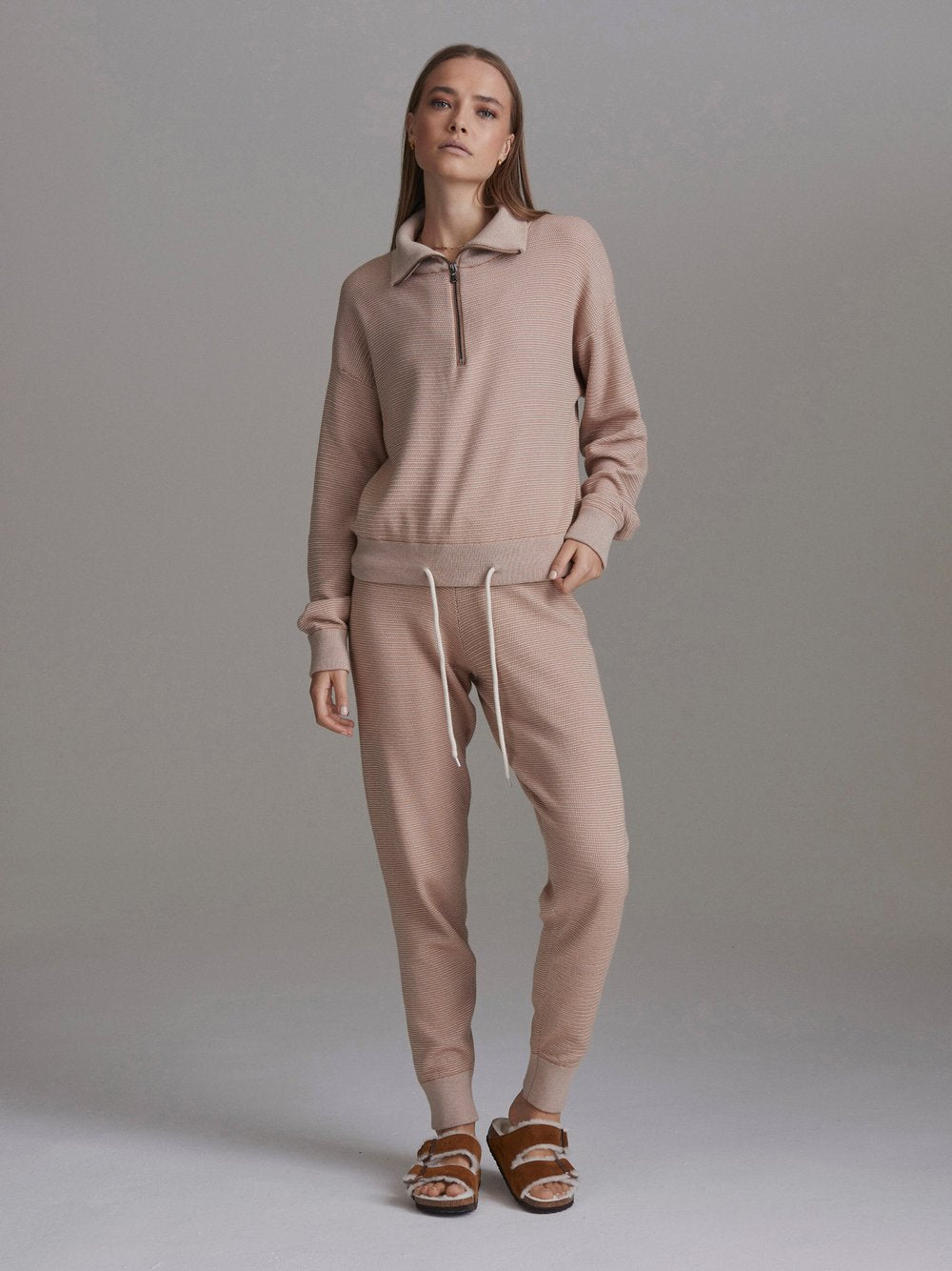 Alice Sweatpants 2.0 in Praline/Ivory