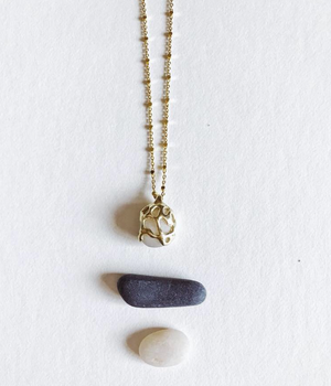 Beach Stone Necklace in 14k Gold