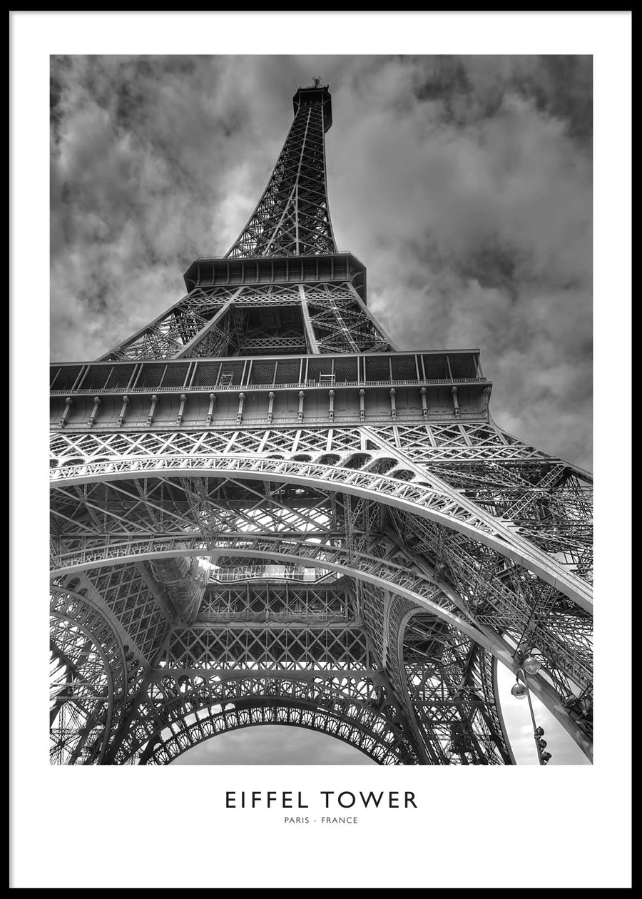 EIFFEL TOWER B&W POSTER