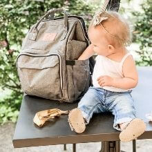travel bag for moms