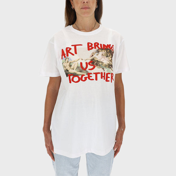 T-SHIRT ART BRINGS US TOGETHER