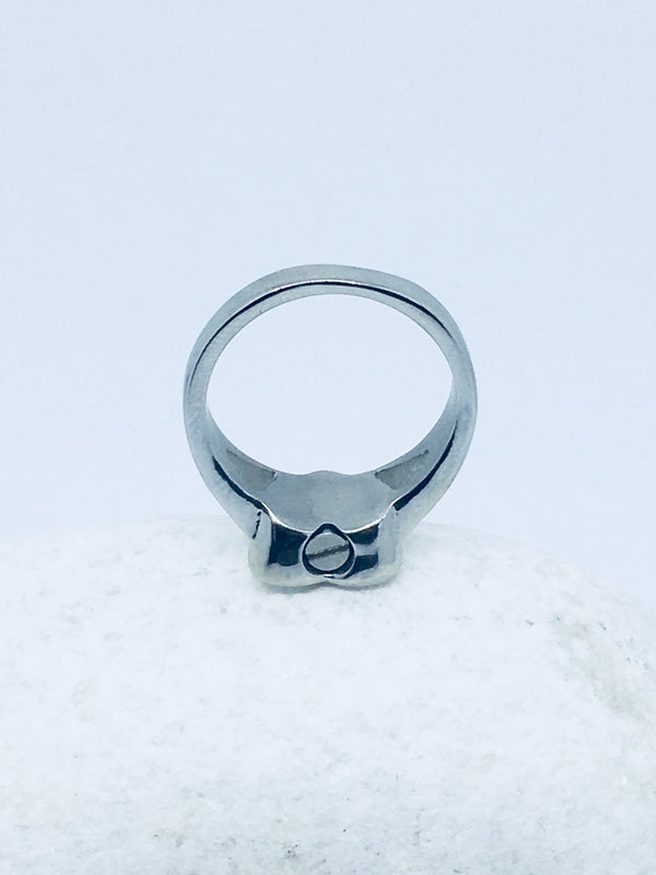 Medium heart ring