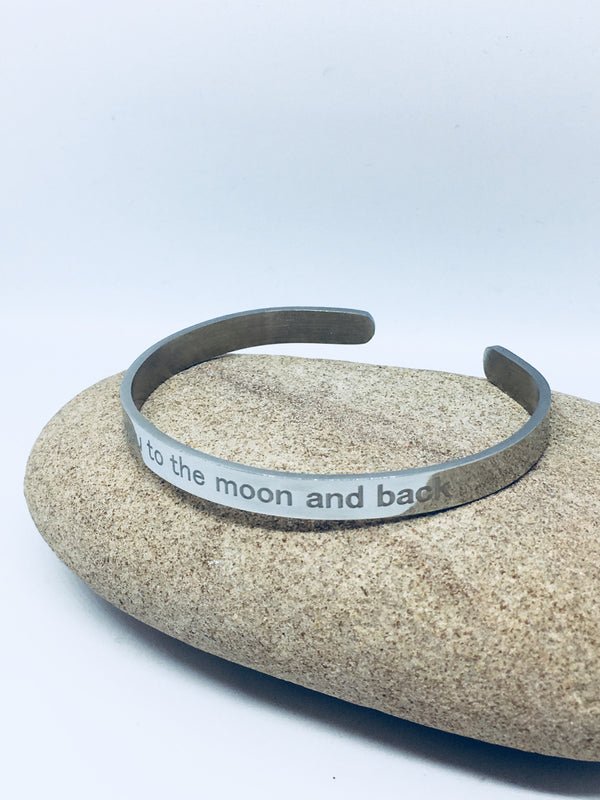 Engraved bracelet - 'Love you to the moon and back'
