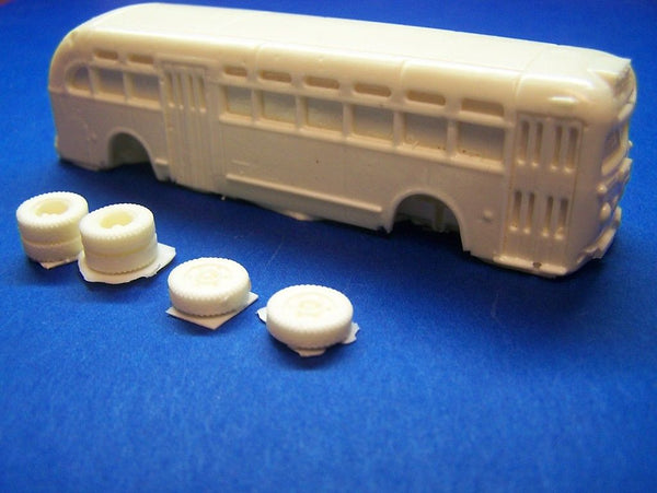 HO SCALE 1940'S TO 1970'S YELLOW TRANSIT COACH RESIN KIT