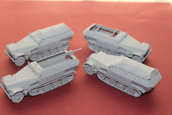 4 FOR 3 1-72ND SCALE 3D PRINTED WW II GERMAN SDKFZ 251s HALFTRACK ARMORED FIGHTING VEHICLE