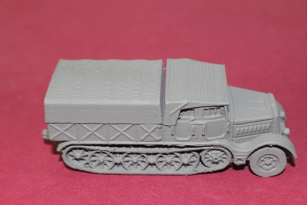1-72ND SCALE 3D PRINTED WW II GERMAN SD.KFZ 9 FAMO CLOSED CAB, CLOSED BOX