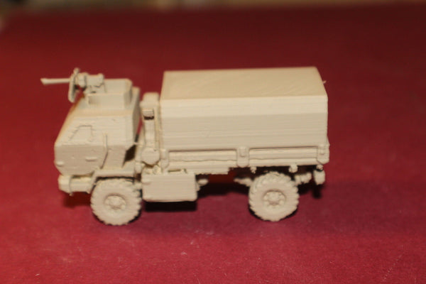 1-87TH SCALE 3D PRINTED IRAQ WAR U.S. ARMY M1078 LMVT COVERED BED WITH MG