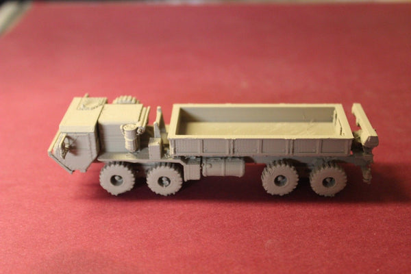 1/87TH SCALE  3D PRINTED U S ARMY HEAVY EXPANDED MOBILITY TACTICAL TRUCK (HEMTT)