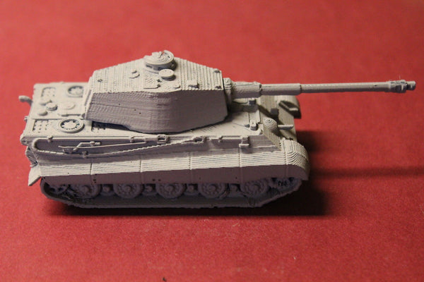 WW II GERMAN KING TIGER II HEAVY TANK