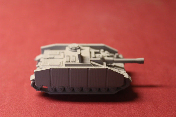 1/87TH SCALE  3D PRINTED WW II GERMAN STUG IV MID WITH SCHURZEN