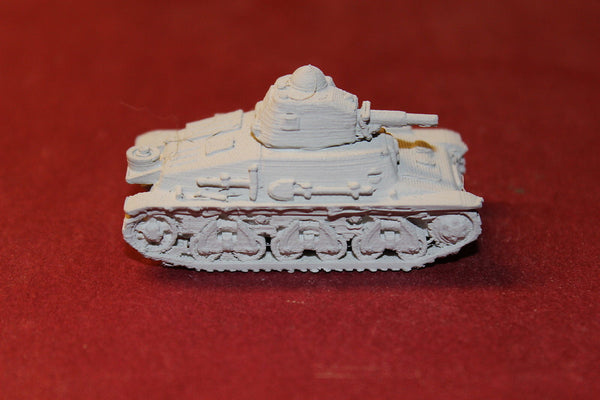 WW II FRENCH HOTCHISS H39 TANK