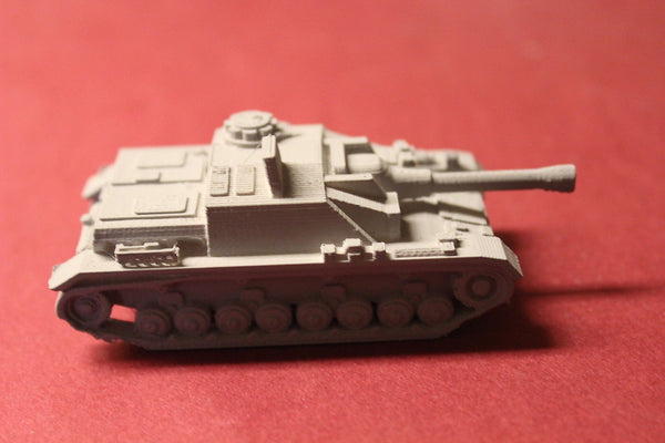 WW II GERMAN STUG IV MID PRODUCTION