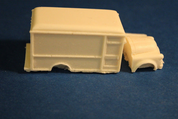 HO SCALE 1948-1953 RAILWAY EXPRESS AGENCY DELIVERY TRUCK RESIN KIT