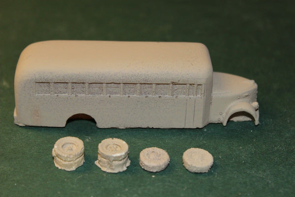 HO SCALE 1940 REO SCHOOL BUS RESIN KIT
