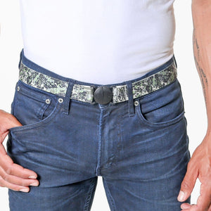 Jelt Digital Camo Elastic Belt--worn by a man