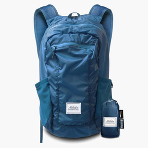 DL16 Backpack and bag