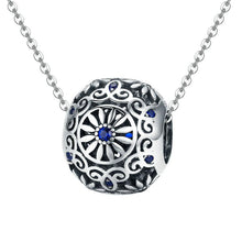 Load image into Gallery viewer, DAISY 925 SILVER BEAD AND CHARM