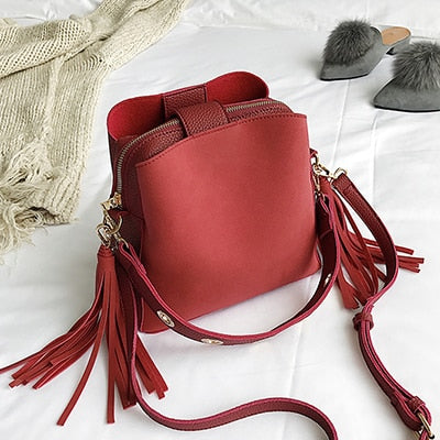 Mello  Shoulder Bucket Bag