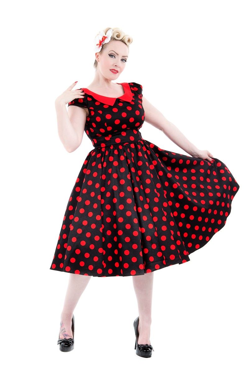 9060 Carla Dress in Red Dots