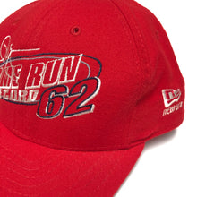 Load image into Gallery viewer, Vintage Mark McGwire 62 Homeruns Snapback Hat
