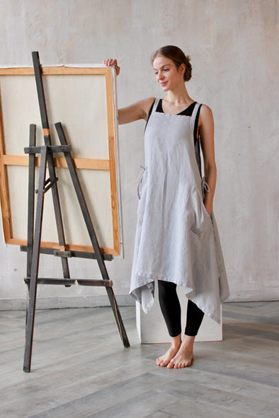 Linen Apron for Crafting Drawing Cooking - Baking bbq Apron with Pockets - Kids and Adults Sizing Women