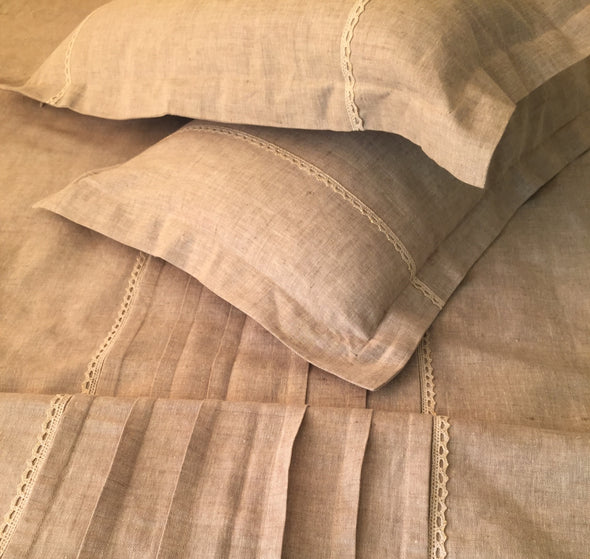Linen Duvet Cover with Pleats and Lace - Different Sizes and Colors