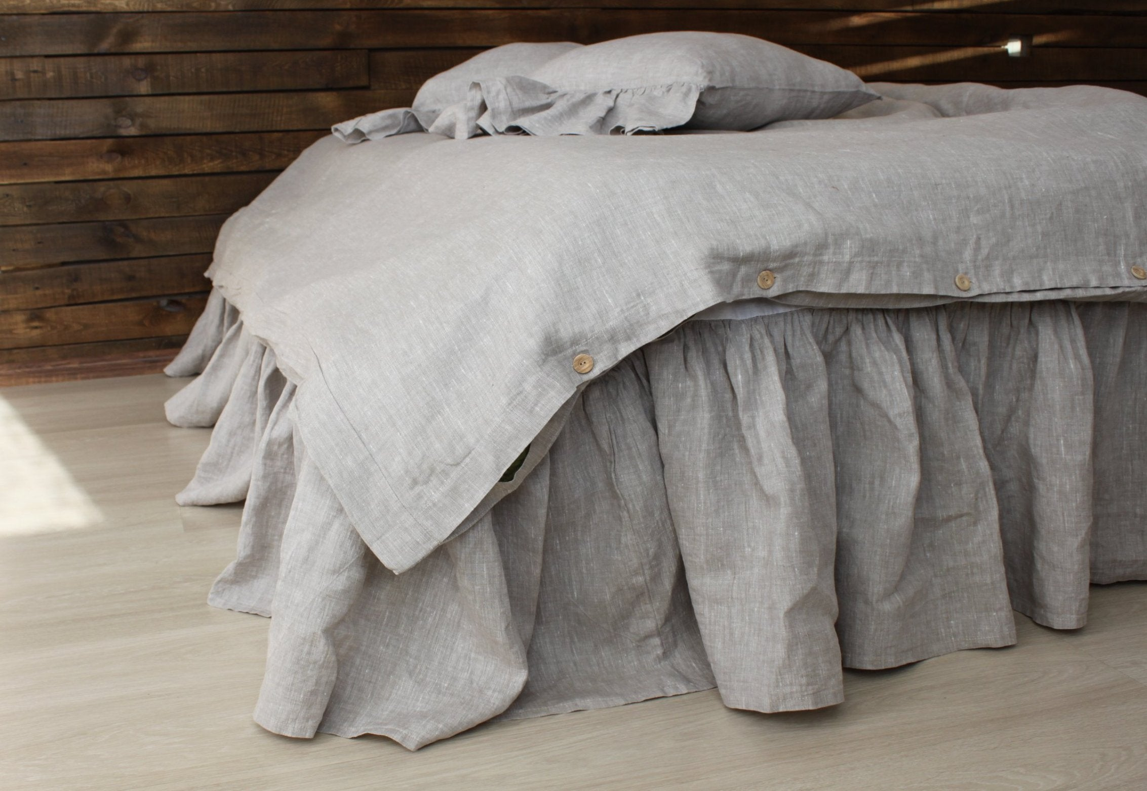 Linen Bed Skirt With Gathered Ruffles And Cotton Decking In Grey Gr 3hlinen Inc
