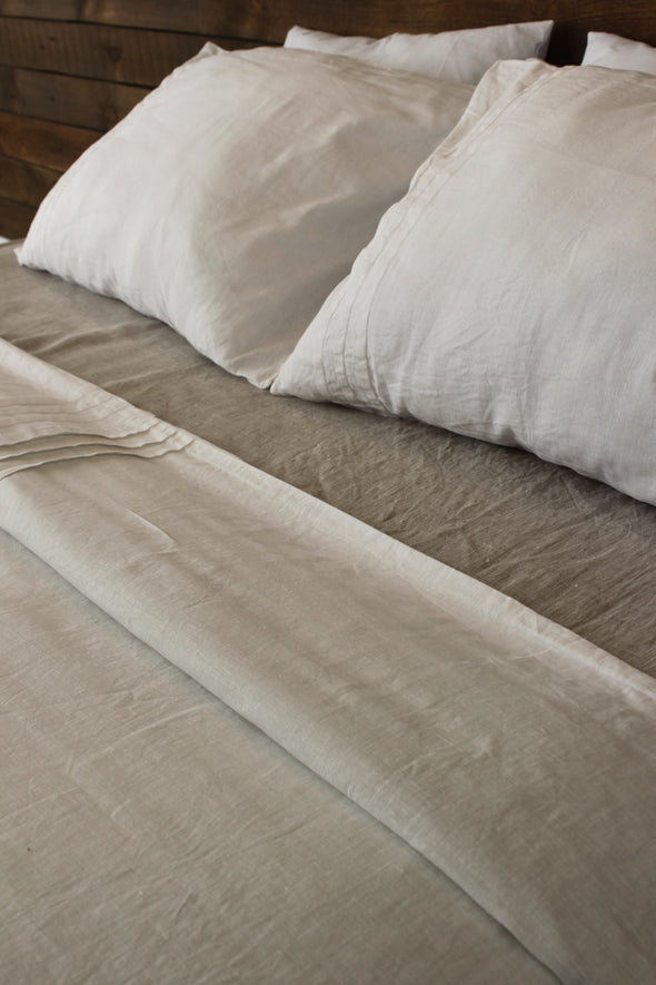 Linen Duvet Cover with Pleats and Wooden Buttons - Different Size and Colors