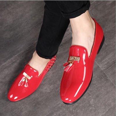 VIVODSICCO New Luxury Men Party Dress Shoes Breathable Fashion Wedding Casual Shoes Patent Leather Male Flats Rivets Tassel Shoe
