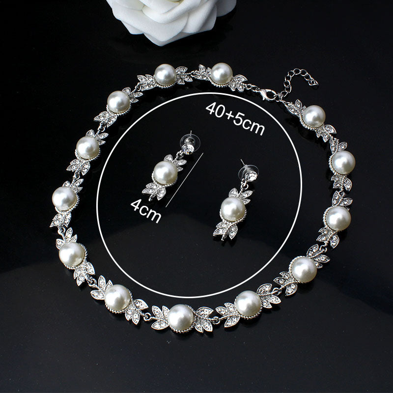 Wedding Jewelry Necklace for Women Fashion Imitation Pearl Round Necklace Jewelry Silver Color Crystal Necklace