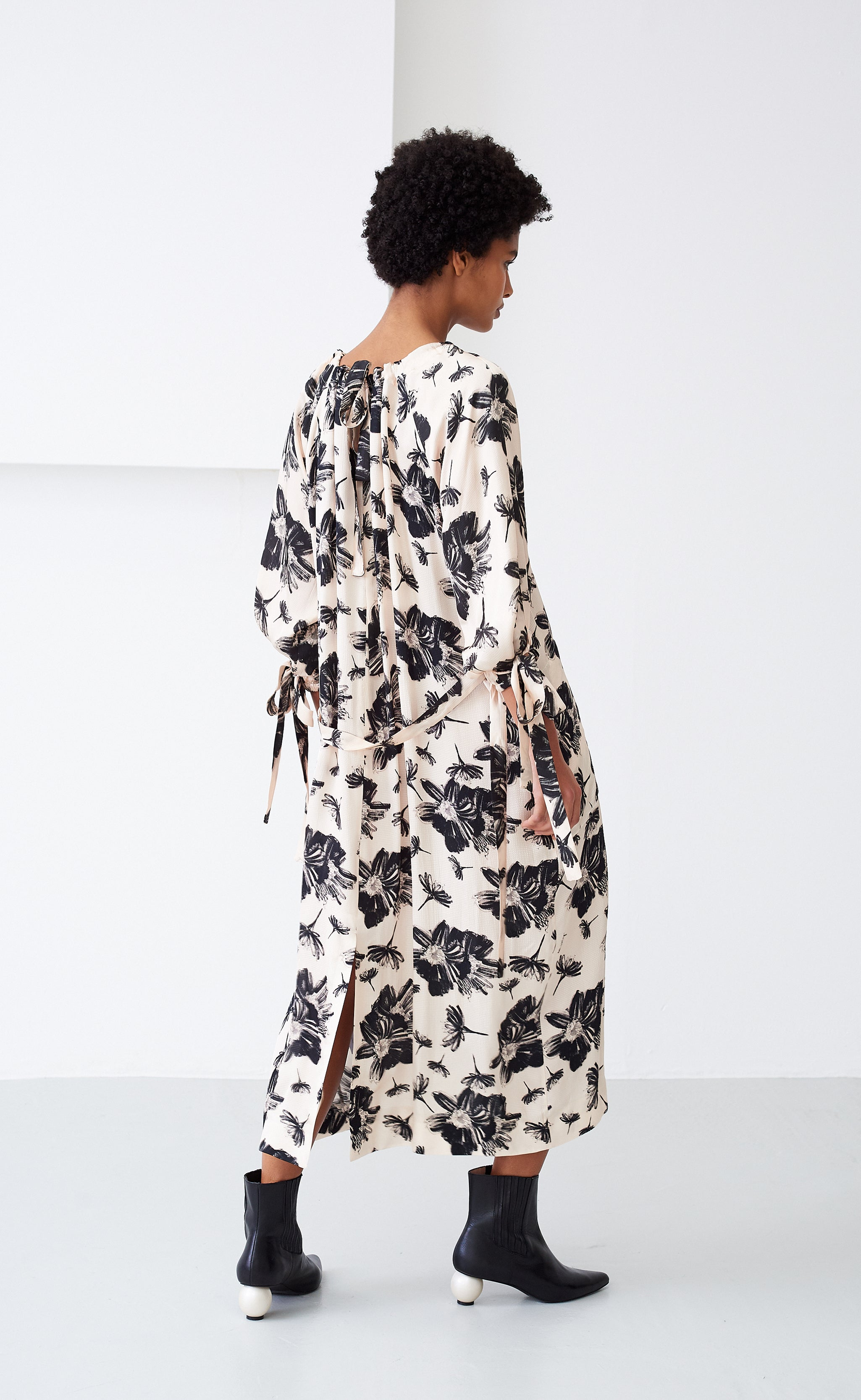 ZARIAH IVORY FLORAL DRESS