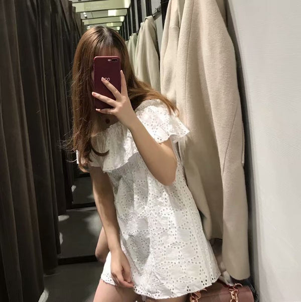 Factory direct selling European and American style 2019 spring new solid color one neck embroidery hollow dress female f929