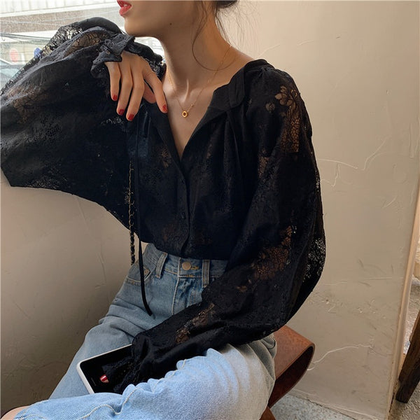 Sign temperament lace carved lantern sleeve lace shirt