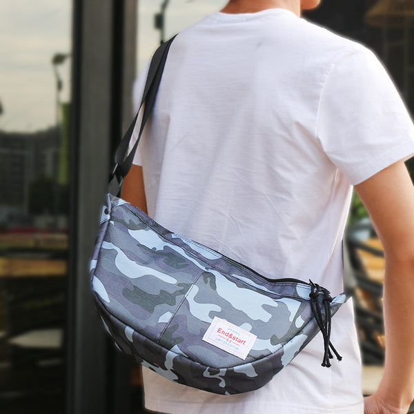 Manufacturers dead fly men's casual shoulder bag sports bag Messenger students riding oxford messenger bag Tide brand