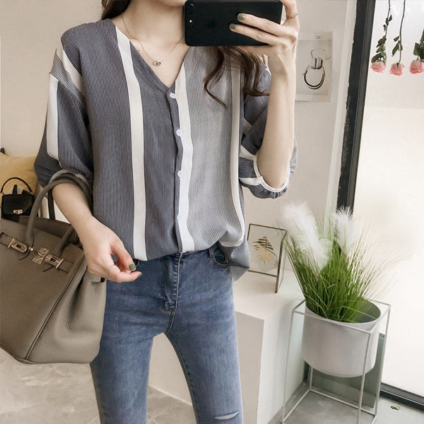 2020 summer new women's fashion spell color striped shirt female loose thin bat sleeve shirt Korean Fan Shirt