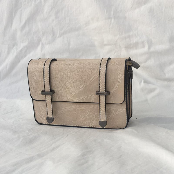 Trendinggate.com cream-coloured Bag girl 2019 summer new bevel bag Hong Kong wind chain postman package Korean version of the stylish mobile phone small square bag