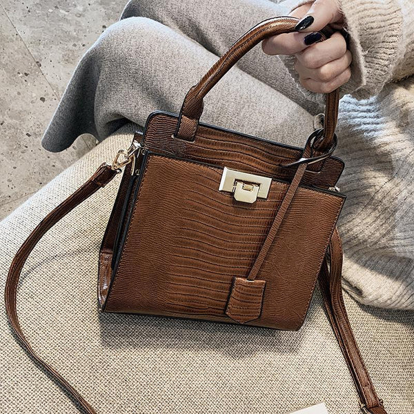 Trendinggate.com handbags 2019New fashionable Korean version of one-shoulder oblique Bag Fashion Lizard-print handbag
