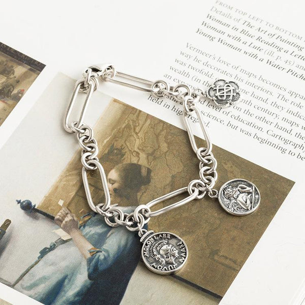 Trendinggate.com Japanese - Korean style new s 925 sterling silver hand chain women's fashion temperament simple silver hand ornaments portrait retro hand chain.  (s925Sterling Silver)