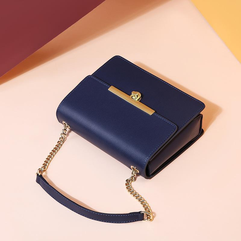 Trendinggate.com One Shoulder Messenger Bag 2019 new Korean summer chain women's bag fashionable and versatile small square bag factory