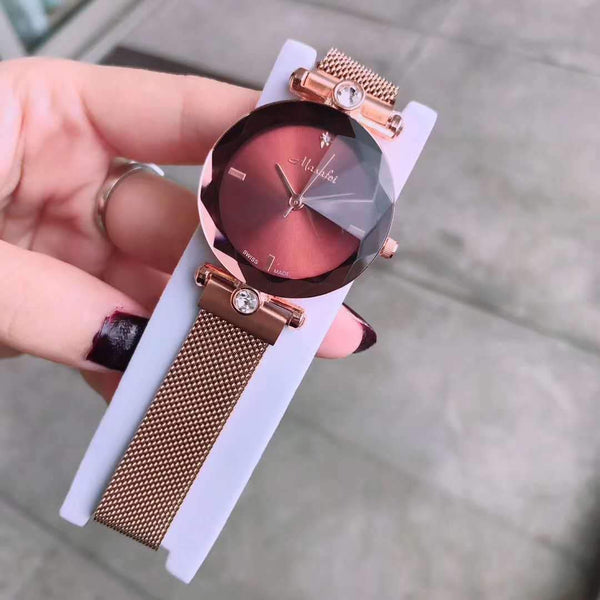 Trendinggate.com Coffee The new Martha's authentic lady's watch Douyin is the same as the crystal cutting face Milan magnetic strap.