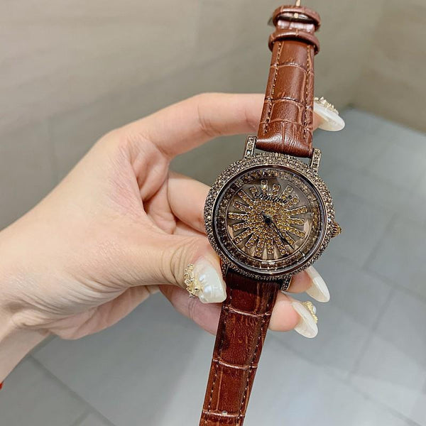 Trendinggate.com Coffee shell Timini trembles the same style of diamond-inlaid wristwatch fashion trend Korean version simple full-drill to run women's watches