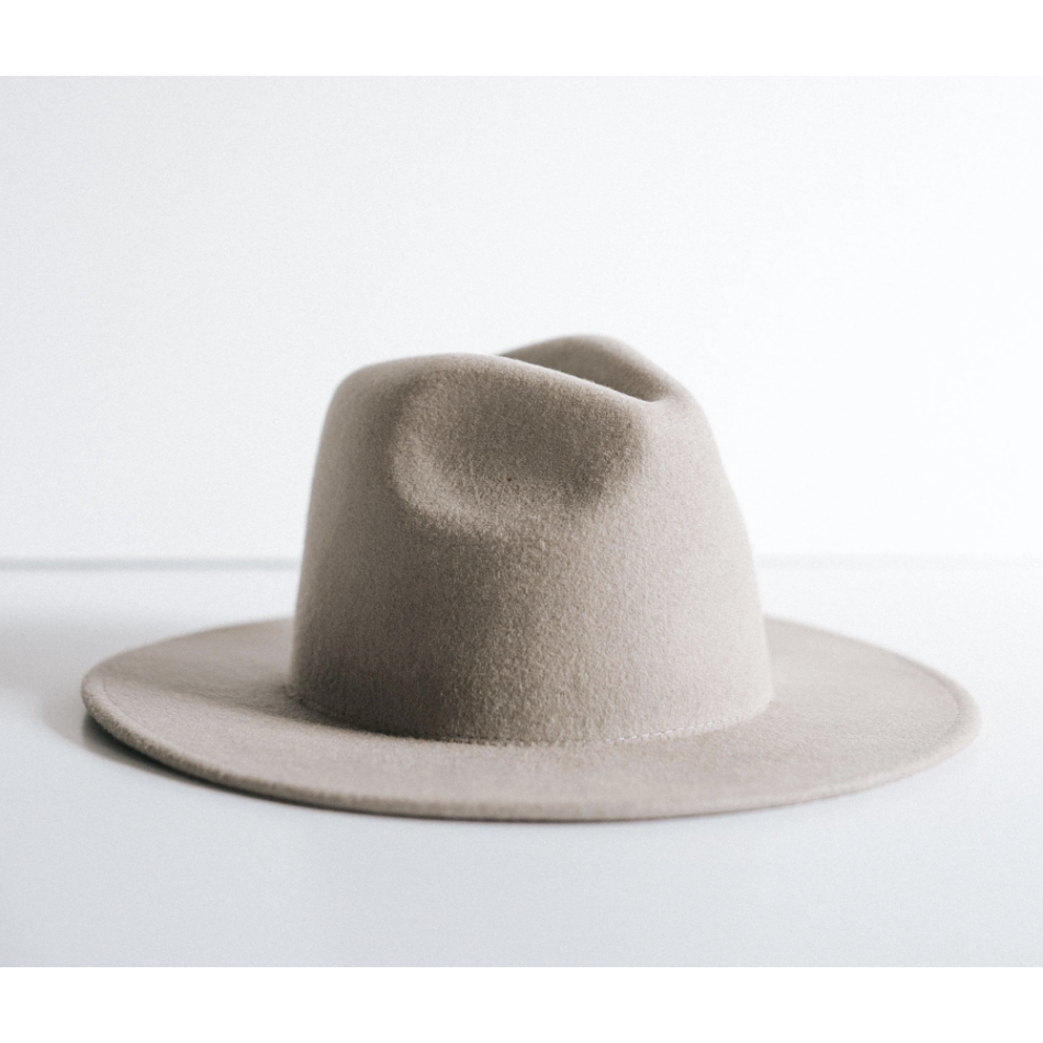 Gigi Pip Wes Light Grey - Flat Brim Fedora