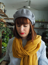 Load image into Gallery viewer, Grey Alpaca and Silk Mix Scottish Style Tam Beret