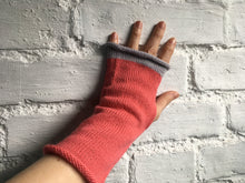 Load image into Gallery viewer, Pink Alpaca Fingerless Gloves with Grey Trim