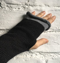 Load image into Gallery viewer, Black Alpaca and Silk Fingerless Gloves with Grey Edge