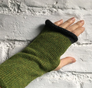 Lord and Taft Grass Green Fingerless gloves with charcoal edge