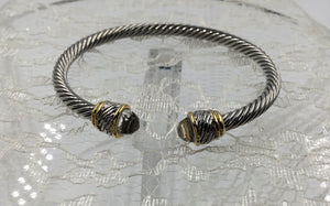 Cable Twist Slim Cuff Bracelet Twisted Tip